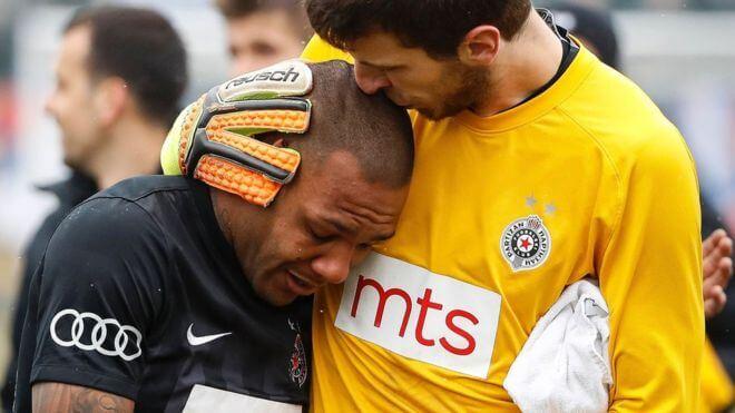 Supremacist Serb fans torment Brazilian footballer Everton Lu
