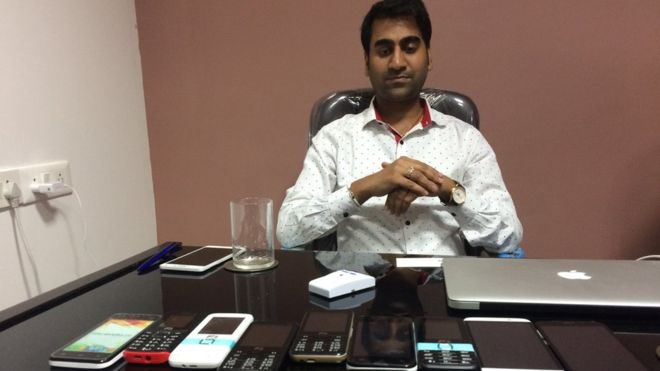 India Police Seize 'World's Inexpensive Smartphone' Company Boss