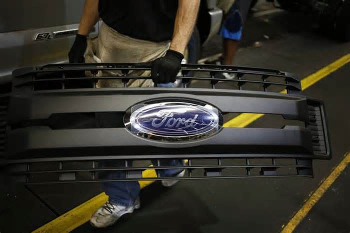 Ford 'set to shed 10% of workforce'
